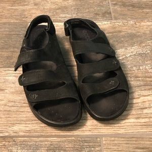 Ecco flat 3 strap sandal with Velcro
